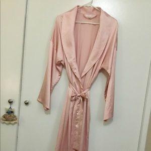 "Victoria""s Secret Robe.  Light pink in color."